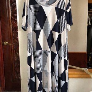 Dresses & Skirts - Dresse